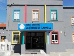 Gazi Mahmut İlkokulu,  Projelerine Devam Ediyor