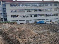 Anadolu Lisesi basketbol sahası çalışmaları devam ediyor